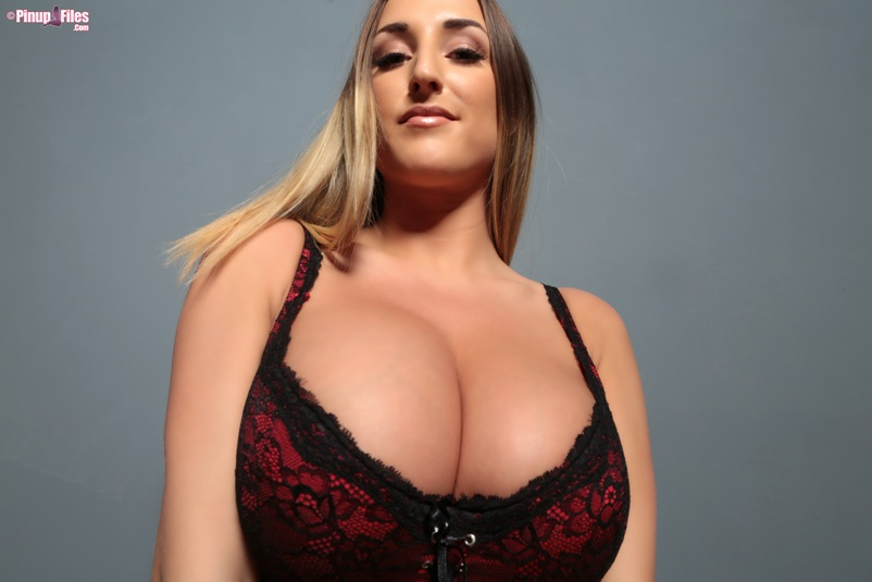 STACEY POOLE - VOL. 4 - SET 1.03